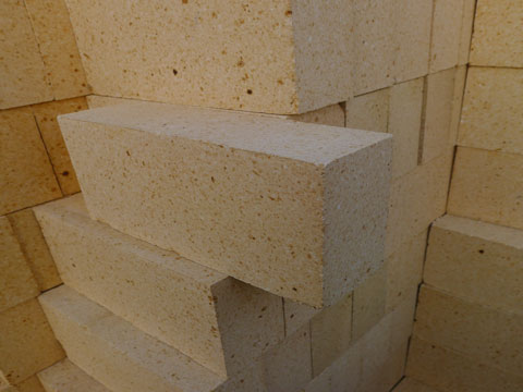 Cheap High Alumina Bricks For Sale In RS Kiln Refractory Manfacturer