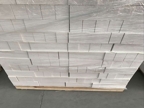 Corundum Brick Packaging In RS Factory